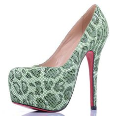 Christian Louboutin Daffodile Lace Platform Pumps Green. Louboutins at 80% off?! Yes please!