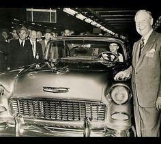 Gold 55 Chevy 1955 Chevrolet, Chevrolet Bel Air, Chevrolet Impala, Retro Cars, Vintage Cars, Vintage Photos, Chevy Dealerships, 1955 Chevy Bel Air, Silverado Hd