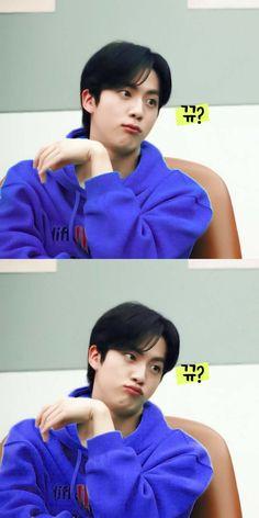 Seokjin, Foto Bts, K Pop, Taehyung, V And Jin, Worldwide Handsome, Bts Group, Namjin, Bts Pictures