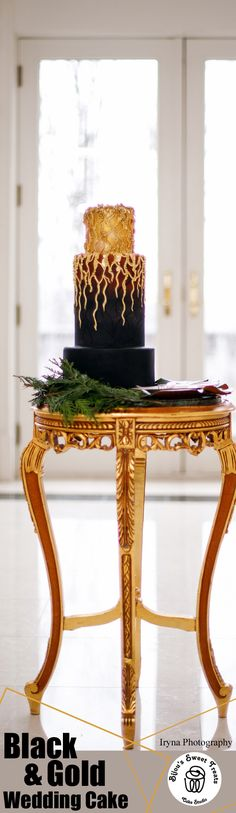 Black and Gold Wedding Cake. #weddings #weddingcake