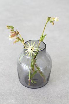 Vázička Silent od Muuto Glass Vase, Design, Home Decor, Decoration Home, Room Decor, Interior Decorating