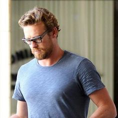 Simon Baker spotted on May 15, 2014 in Brentwood, CA