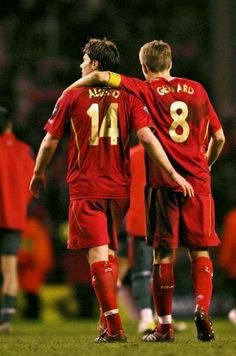 #LFC midfield legends Xabi Alonso and Steven Gerrard. #goodtimes #midfieldmaestros