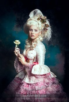 Marie Antoinette by Laura Ferreira