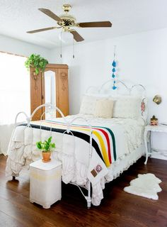 Check out this apartment rented and decorated by a lucky lady who hails from a family of antiquers and treasure hunters - and boy does it show! This Austin Southwestern bohemian styled rental can't be beat.