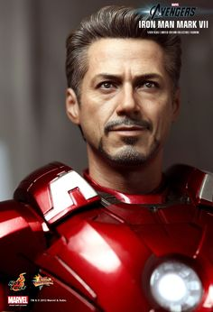 Hot Toys : Robert Downey, Jr. The Avengers - Mark VII 1/6th scale Limited Edition Collectible Figurine