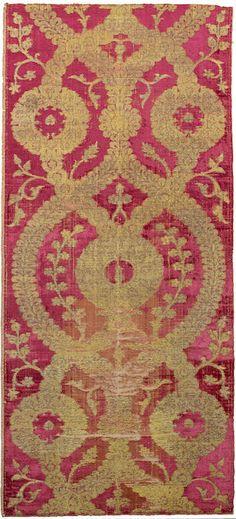 Ottoman metal thread silk velvet, Bursa, Turkey, 16th century.