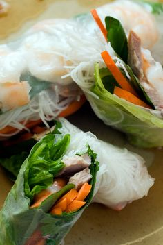 If you have ever considered making a Vietnamese summer roll, you may have been intimidated by the process But these delicious rolls are not at all difficult I learned my summer roll technique from a native of France Cookout Appetizers, Appetizer Recipes, Vietnamese Summer Rolls, Summer Squash Casserole, Asian Recipes, Ethnic Recipes, Vietnamese Recipes, Filipino Recipes, Rice Vermicelli