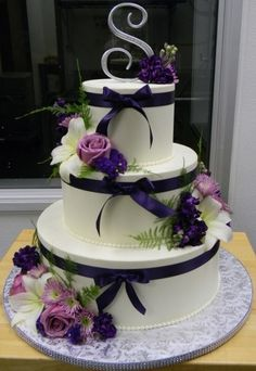 Navy Ribbon and Lavender Roses By Nunuk on CakeCentral.com