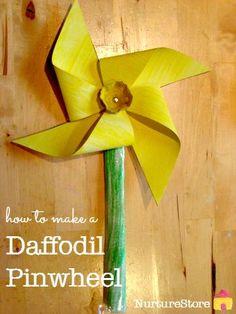Such a pretty daffodil craft :: make a flower pinwheel, easy spring craft for preschool