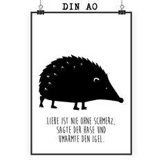 Poster DIN A0 Igel Erwachsene aus Papier 160 Gramm  weiß - Das Original von Mr. & Mrs. Panda.  Jedes wunderschöne Poster aus dem Hause Mr. & Mrs. Panda ist mit Liebe handgezeichnet und entworfen. Wir liefern es sicher und schnell im Format DIN A0 zu dir nach Hause. Das Format ist 841 mm x 1189 mm.    Über unser Motiv Igel Erwachsene  Wer liebt sie nicht, die kleinen friedlichen Stachelfreunde? Nach dem Wintersclaf sieht man sie wieder durch die Gärten rascheln auf der ewigen Suche nach…
