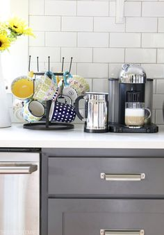 20. Coffee Mug Holder | 23 Awesome Ways To Organize Your Coffee Mug Storage; The Last Storage Is Ingenious