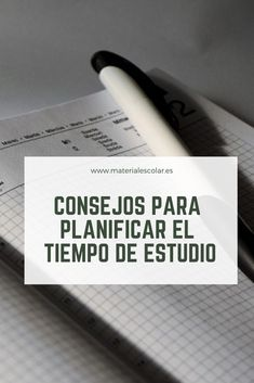 En muchas ocasiones, la correcta #planificacion del tiempo de #estudio puede hacer mejorar mucho los resultados académicos. ¿Pero sabes cómo planificar de forma óptima el estudio? #materialescolar #tipsestudio #organizacion Study Techniques, Study Methods, Life Hacks For School, School Study Tips, Medicine Notes, Teaching English Grammar, Business Studies, Study Journal, School Essentials