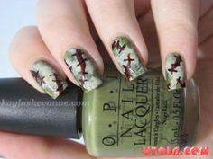 Nails by Kayla Shevonne: Halloween Nail Art Series - Zombie Flesh Zombie Nails, Zombie Makeup, Creepy Makeup, Crazy Nails, Fun Nails, Chloe Nails, Nail Tips, Nail Ideas, Manicure Ideas