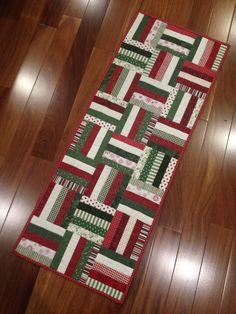 another rail fence Christmas table runner