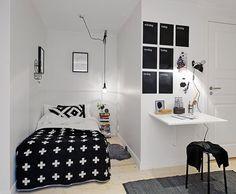 una camera da letto piccola - TIRIORDINO    Small bedrooms.