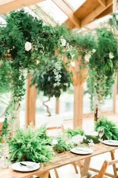 Kittens Feathers Foliage Wedding Inspiration This Is Pretty Freaking Cute