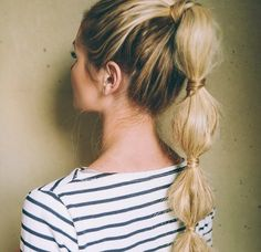 10 cute workout hairstyles - The Bubble Ponytail Cute Ponytail Hairstyles, Cute Ponytails, Pretty Hairstyles, 2015 Hairstyles, Short Hair Accessories, Bubble Ponytail, Barefoot Blonde, Workout Hairstyles, Popular Haircuts