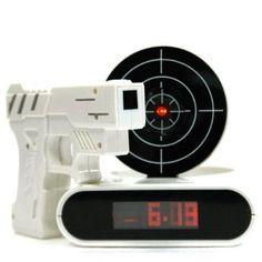 Gadget Wecker mit Zielscheibe und Infrarot Laser: Amazon.de: Elektronik