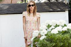 Camille Rowe for Reformation--The beautiful Camille Rowe teams up with LA-based brand Reformation for a capsule collection of looks inspired by her love of Simple Dresses, Nice Dresses, Camille Rowe Style, Model Test, 70s Fashion, Pretty Woman, Dress Skirt, Celebrity Style, Short Sleeve Dresses