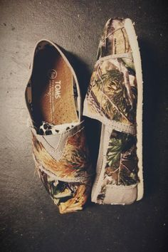 Women's camouflage Toms by ClarkCouturecom on Etsy, $60.00