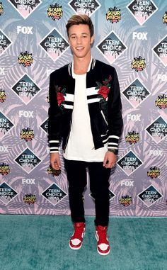 Cameron Dallas from Teen Choice Awards 2016 Red Carpet Arrivals