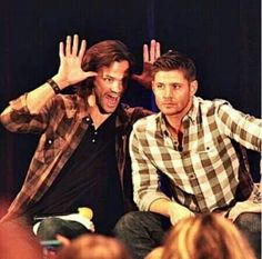 The look on Jensen's face cracks me up! TorCon2013