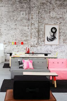 Pink and Gray Modern Living Room Decor Ideas Home Interior, Interior Architecture, Interior And Exterior, Interior Decorating, Bedroom Nook, Sweet Home, Home And Deco, Style At Home, Home Fashion