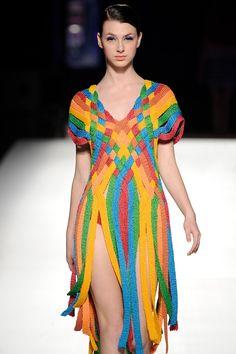 Fabulous Crochet a Little Black Crochet Dress Ideas. Georgeous Crochet a Little Black Crochet Dress Ideas. Black Crochet Dress, Crochet Lace, Crochet Stitches, Knitwear Fashion, Knit Fashion, Fashion Fashion, Runway Fashion, Mode Crochet, Creative Knitting