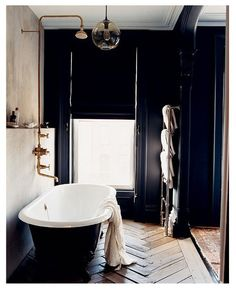 industrial and masculine...love  23 Traditional Black And White Bathrooms To Inspire