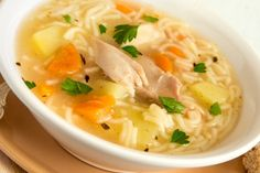 Here are some easy homemade chicken and turkey soup recipes. These soups are super yummy for cold weather days and great comfort foods when you're sick! Candy Recipes, Soup Recipes, Chowder Recipes, Chicken Recipes, Making Chicken Soup, Fried Bread Recipe, Traditional Thanksgiving Recipes, Soup Appetizers, Butter Cookies Recipe