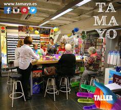 Aquí es donde hacemos los talleres de #tamayopapeleria #donostia #sansebastian. En la mesa de trabajo de nuestra planta baja. Por eso estamos limitados a 8 personas por taller. Son talleres para adultos y niños (mayores de 7 años). Y lo mejor es que además de aprender con la ayuda del monitor el resultado final es tuyo y te lo llevas de regalo. Informate en http://ift.tt/1T8SvE4 o en el 943 44 12 91