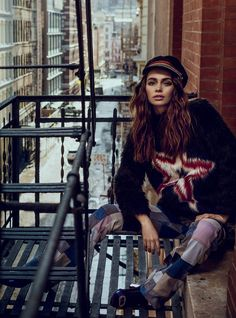 fashion editorials, shows, campaigns & more!: in spirit rock 'n' roll: iulia cirstea by michael groeger for elle romania may 2015 70s Rock And Roll, Fashion Photography Inspiration, Fashion Show, Fashion Trends, Fashion News, Latest Fashion, Fashion Women, Fashion Stylist, Female Models