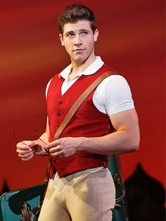 Curt Hansen played fiyero in wicked the musical. He was amazing! Wicked Musical, Broadway Wicked, Broadway Stage, Musical Theatre, Broadway Shows, Wicked Costumes, Theatre Costumes, Halloween Costumes, John Davidson