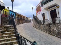 Walking in the Colonial city