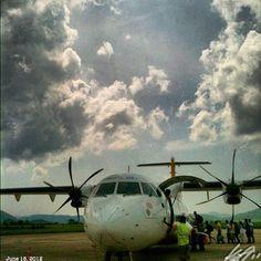 帰る back to #manila #cebupacific #propeller #airplane #airport #sky #cloud #coron #busuanga #philippines #フィリピン #飛行場 #プロペラ #飛行機