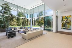Holmby Hills Residence by Quinn Architects