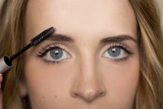 Bow to the Brow: Brow Grooming Tutorial