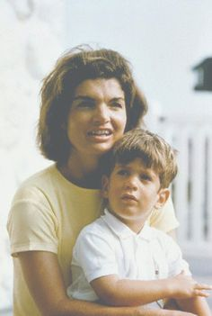 Jacqueline Kennedy with her son, John F. Kennedy Jr., in Hyannis Port, circa 1964. ❤❤❤❤❤❤   http://en.wikipedia.org/wiki/Jacqueline_Kennedy_Onassis    http://en.wikipedia.org/wiki/John_F._Kennedy,_Jr.   http://en.wikipedia.org/wiki/Hyannis,_Massachusetts