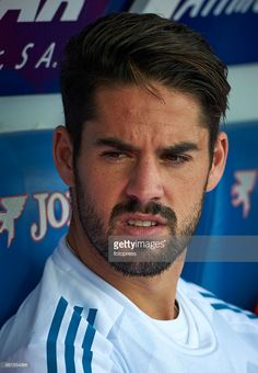 Real Madrid, Isco Alarcon, J Star, Best Football Team, Medium Hairstyles, Football Players, Plays, Hair Styles, Hot