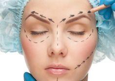 La suspensión del cigarrillo, antes de realizarte un Lifting Facial, debe ser con dos semanas de antelación, pues existe la posibilidad de desarrollar una Necrosis: http://www.saludactual.cl/cirugia-plastica/cirugias-plasticas-esteticas-laser-lifting-facial.php