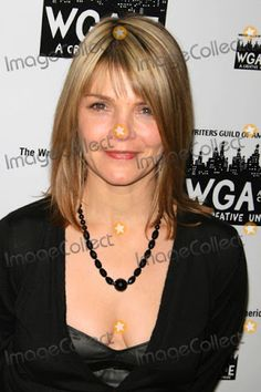 kathryn erbe - Google Search Kathryn Erbe, Tv Detectives, Law And Order, Cops, New Hair, Hair Ideas, Tv Series, Google Search, Celebrities
