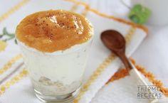 Copa de avena, yogur y caqui para desayunar - http://www.thermorecetas.com/copa-de-avena-yogur-y-caqui-para-desayunar/
