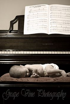 love this photo idea for a musician's baby