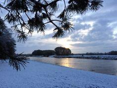 Sneeuw! - Snow! :-D  #Mooirivier #Dalfsen #Overijssel #Vechtdal #sunrise