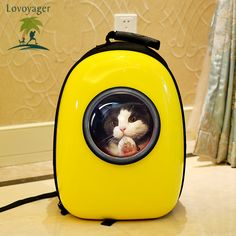 Capsule Cat Carrier Backpack – Let Your Cat Travel Like an Astronaut | http://fallinpets.com/capsule-cat-carrier-backpack-let-cat-travel-like-astronaut/
