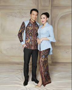 Kebaya Lace, Kebaya Hijab, Batik Kebaya, Kebaya Muslim, Blouse Batik, Batik Dress, Batik Fashion, Hijab Fashion, Batik Muslim
