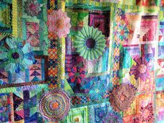 Quilting Together: Kaffe Fassett Quilt Machine Embroidery Patterns, Machine Quilting, Quilt Patterns, Hand Quilting, Crazy Quilting, Quilt Stitching, Applique Quilts, Watercolor Quilt, Dresden Plate Quilts