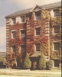 University of Oregon campus 1940.  From the 1941 Oregana (University of Oregon yearbook).  www.CampusAttic.com