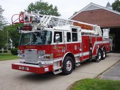 North Andover Fire Department (MA) 2011 Pierce Arrow XT 100' Aerial #new #ladder #setcom http://setcomcorp.com/5bheadset.html